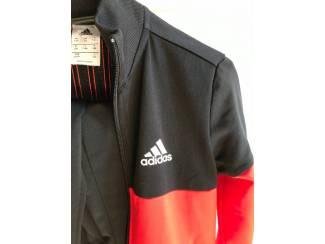 Kinderkleding   Maat 128 Trainingspak Adidas zwart met rood