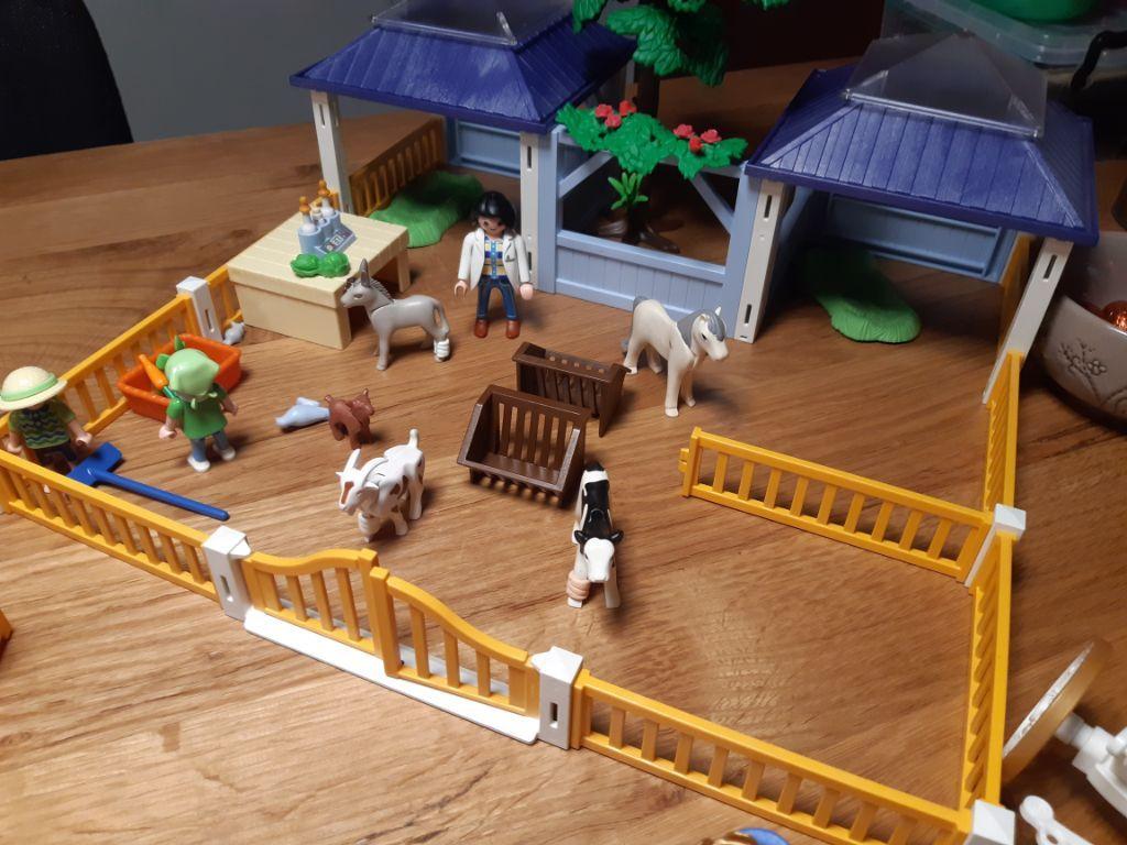 Playmobil  Dierenverzorgingsplaats 4344