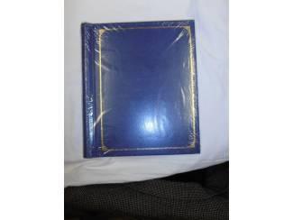 Foto album blauw met 10 bladen.