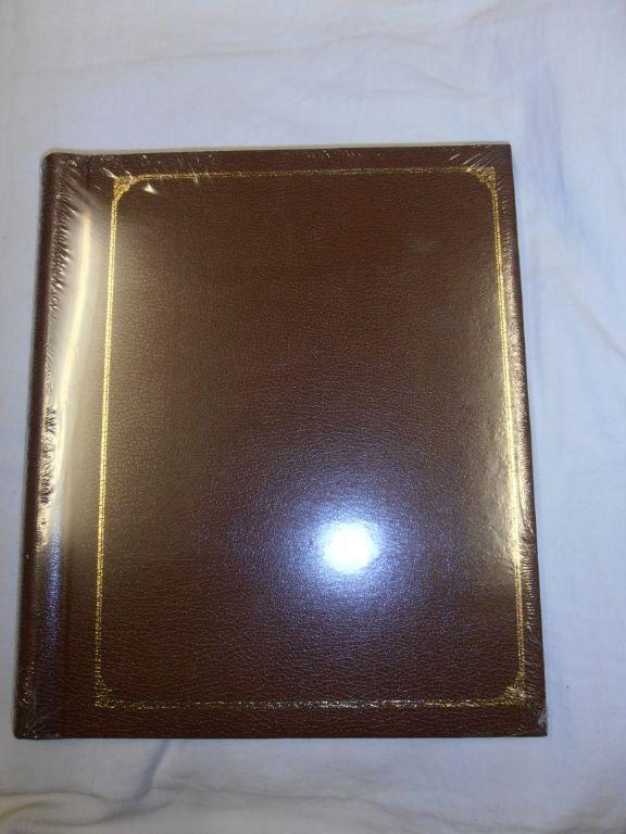 Foto album bruin met 10 bladen.