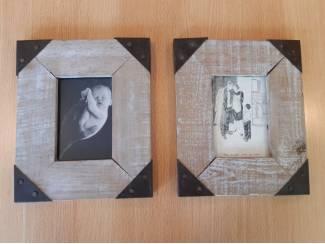 2 houten lijstjes 23cm x 18,5cm