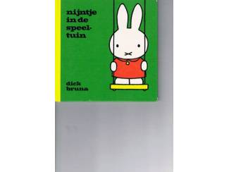 Dick Bruna – Nijntje in de speeltuin