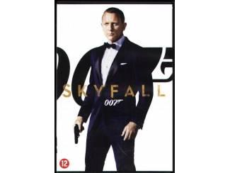 DVD - 007 - Skyfall ( 12 )