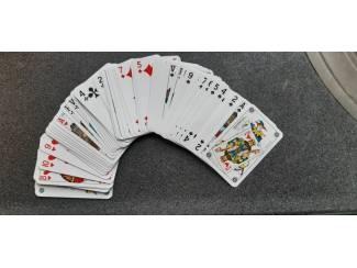 Nieuw kaartspel - speelkaarten -  ook iets voor verzamelaar