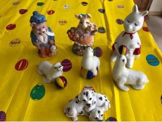 Beelden en Beeldjes Beeld beer, zeehond, hond, kangoeroe