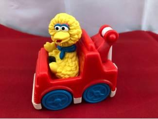 Sesamstraat Henson : yellow Big bird in takelauto