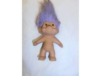 Trol met paars haar