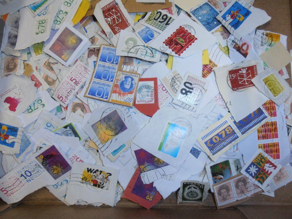 Postzegels onafgeweekt Nederland